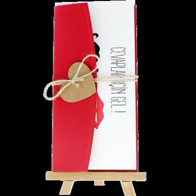 Açık Davetiye Zarfı - 21x10-Kırmızı- İpli, Kraft Kalpli
